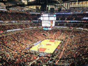 Jeden z najdłużej trwających meczy w historii NBA: Chicago Bulls - Detroit Pistons 18 grudnia 2015 r. Cztery kwarty i cztery dogrywki. Time of game: 3:24.